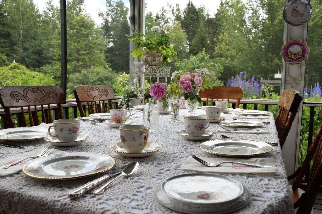 Victorian Garden Party A Success - table ready